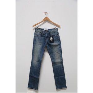 🆕NWT Wildfox straight leg distressed denim jeans